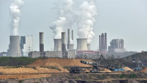 99,94 procent av världens klimatforskare är eniga om att mänskligheten orsakar klimatkrisen. Bild: Martin Meissner/AP/TT