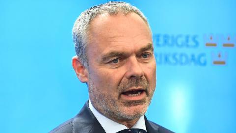 """Säg något kritiskt om skolkoncernerna och deras skamlösa vinstuttag och upp hoppar som gubben ur lådan en Jan Björklund och ryter """"Valfrihet!"""". Foto: TT"""