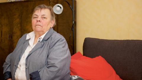 Birgitta Ljungqvist har arbetat heltid i ungefär 25 år. Och trots att lönen aldrig varit hög blev skillnaden stor när hon blev pensionär.  Bild: Malin Beeck