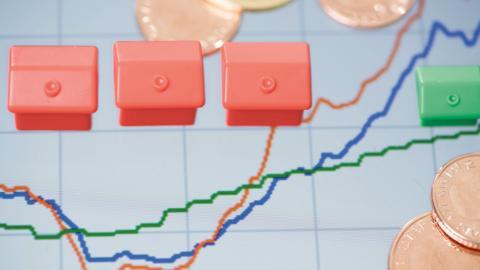 Bankernas listräntor ligger oftast en bra bit över vad det går att få ner sin egen ränta till.  Bild: TT