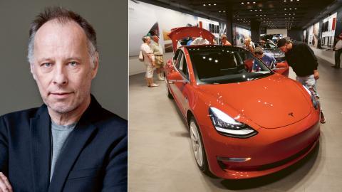 En Tesla model 3 visas upp i ett av Teslas showroom i USA, augusti 2018. Bild: David Zalubowski/AP/TT
