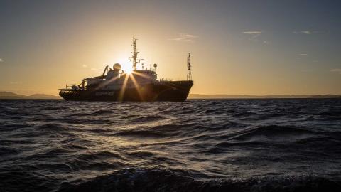 Greenpeace-fartyget Esperanza utanför Madagaskar. Foto: Greenpeace, Will Rose/Press