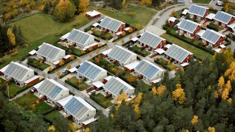 I veckan höjde regeringen anslagen till solcellsstödet.  Bild: Bertil Ericson/TT