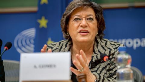 Ana Gomes säger att det starka stödet för hennes parti Partido Socialista beror på att man har vågat gå emot den nyliberala politiken. Bild: Europaparlamentet