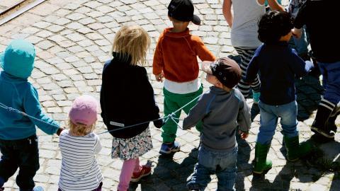 """""""Vi barnskötare och elevassistenter behövs lika mycket som lärarna"""", skriver Håkan Brodén.  Bild: Hasse Holmberg/TT"""