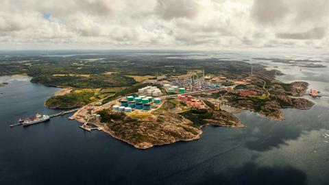Om Preem bygger ut sin anläggning som planerat skulle de släppa ut 3,4 ton växthusgaser om året Foto:  Pressbild, Preem