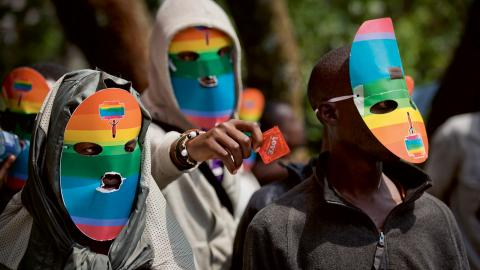 Demonstration för hbtqi-personers rättigheter i Kenyas huvudstad Nairobi.  Bild: Ben Curtis/AP