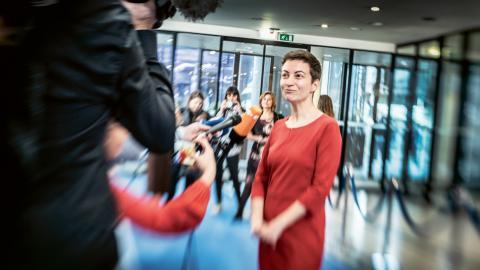 Ska Keller, ordförande för den gröna gruppen i Europaparlamentet, säger att de gröna vinner stort stöd över hela Europa inför dagens val.  Bild: Yvonne Åsell/SvD/TT