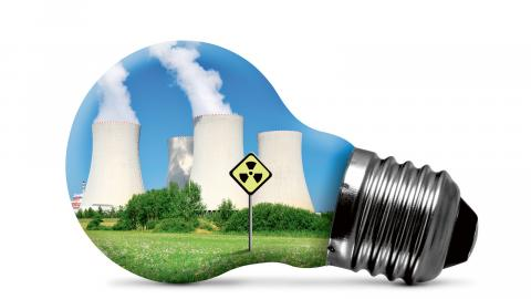 Små risker att exempelvis en kärnkraftsolycka eller ett läckage i ett slutförvar ska inträffa ackumuleras till stora risker över tid. Kärnkraft är ett icke-alternativ, menar debattören.
