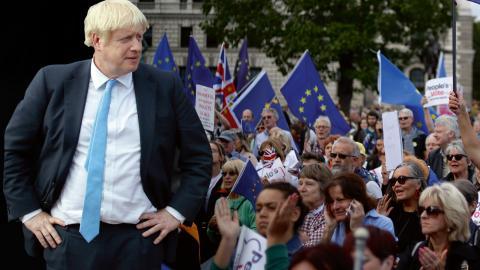 Fortfarande är det högst oklart vad som händer om Storbritannien lämnar EU utan avtal, en så kallad hård Brexit.