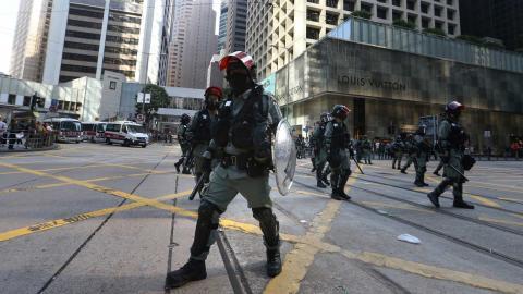 Våldet har eskalerat i Hongkong de senaste veckorna Foto: TT/AP