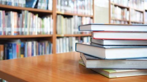 I många stadsdelar utgör bibliotek en stomme i lokalsamhället, skriver representanter för Socialdemokraterna. Foto: Shutterstock