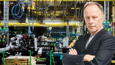 Arbetare vid Genral Motors fabrik i Flint, USA.