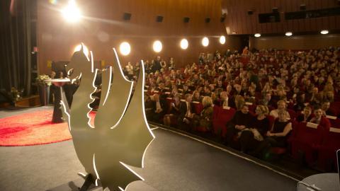 Filmfestivalens programmedarbetare Maja Kekonius tipsar om tre favoriter som ingår i festivalens Focus:feminism, i Ingmar Bergman-tävlingen för nya regissörer, respektive i den internationella tävlingen. Bild: Björn Larsson Rosvall/TT