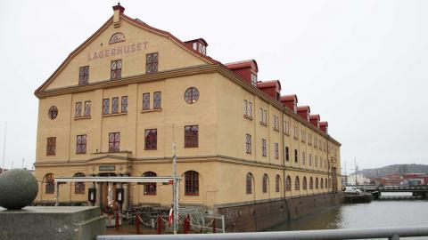 Naturhistoriska togs bort från listan över kommunens potentiella försäljningsobjekt, men Lagerhuset ligger kvar. Foto: Annelie Moran