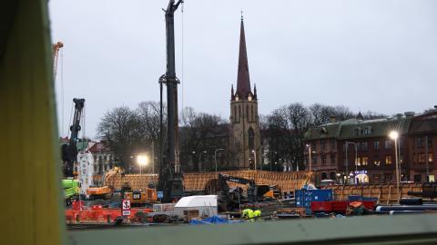 Under Västlänkenbygget i Haga har Trafikverket fått leda om trafiken. Det syns nu i miljöförvaltningens luftmätningar. Bild: Annelie Moran