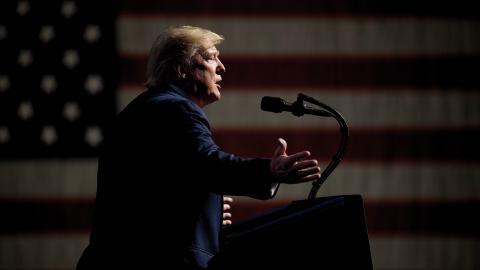 """""""Under Trump har USA börjat tillämpa lagen allt mer aggressivt och utan att bry sig om vad resten av världen anser"""", säger forskaren Sascha Lohmann.  Bild: Andrew Harnik/AP"""