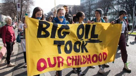 Förra veckan samlades studenter och lärare i en gemensam demonstration i Kalifornien. Bild: Peg Hunter/CC BY-NC 2.0