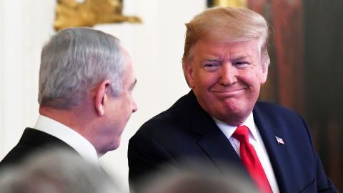 Benjamin Netanyahu och Donalt Trump under presskonferensen. Foto: Susan WalshT