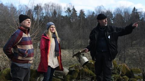 Gilbert Svensson, Kajsa-Lina Mott och Michael Rudvall är engagerade i planeringen av Grönbo ekoby.  Bild: Julia Sandstén Vikberg