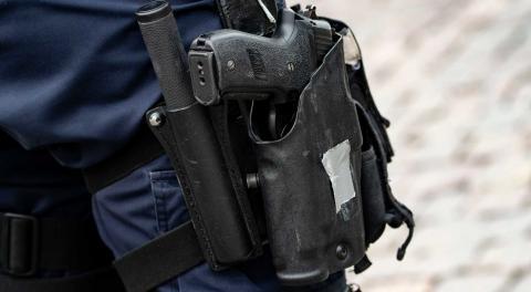 Att polisen bör avväpnas är en förhastad slutsats, menar Mizgin Akdogan. Bild: Johan Nilsson/TT