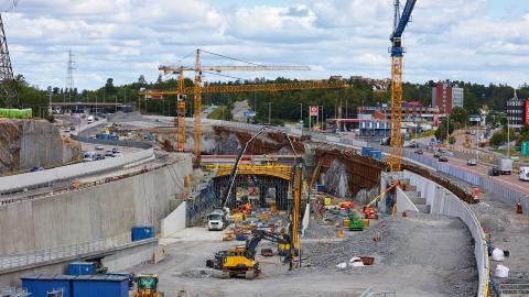 Bygget av Förbifart Stockholm. Vägen går från Kungens kurva i söder till Häggvik i norr.  Bild: Fredrik Persson/TT
