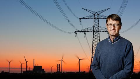 """""""Det bästa vore offshore-lösningar, helst med flytande vindkraftverk. Men den politiska styrningen kring detta är obefintlig"""", säger Ola Carlson. Bild: Shutterstock, press"""