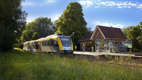 Kinnekullebanan utnämnd till Sveriges vackraste tågsträcka. Bild: Thomas Harrysson