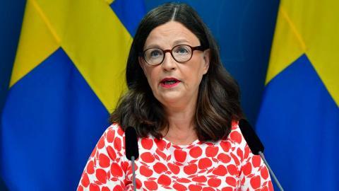 Utbildningsminister Anna Ekström (S) under fredagens presskonferens. Foto: Jonas Ekströmer / TT