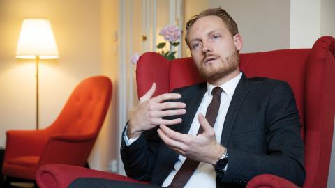 Aron Emilsson kom in i riksdagen efter valet 2014 och utsågs till Sverigedemokraternas kulturpolitiska talesperson samma år. Bild: Hossein Salmanzadeh