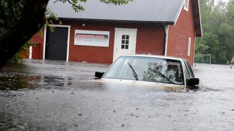 Översvämningar och stormar har varit de mest frekventa katastroferna de senaste två decennierna.  Bild: Mikael Fritzon / TT
