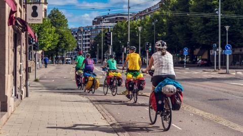 Bättre möjligheter att cykla – ett viktigt inslag för ett grönare Göteborg. Bild: Shutterstock