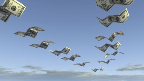 """erige missar varje år 23 miljarder i skatteintäkter på grund av skatteflykt, enligt Missing profits beräkningar"""", skriver debattören. Bild: Shutterstock"""
