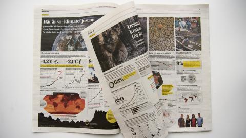 6 december var Greta Thunberg chefredaktör för Dagens Nyheter under en dag. Av tidningens nästan hundra sidor ägnades fler än hälften åt klimatkrisen.  Bild: Henrik Montgomery/TT