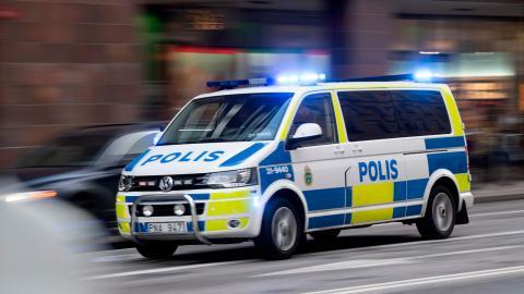 Faran när vi utökar den polisiära makten på sätt som vi gör nu är att begreppet trygghet gradvis börjar utvidgas till att även handla om att vissa sorters åsikter, eller vissa sorters människor, ska försvinna från våra gator, skriver debattören. Bild: Fredrik Sandberg/TT