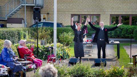 Linda Elaine Byman och Hans-Åke Andersson.  Bild: Privat