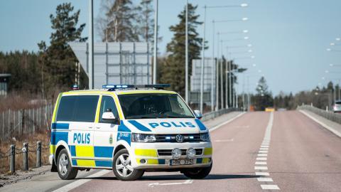 När den svenska polisen förnyar fordonsflottan ingår inte en enda el- eller gasbil i upphandlingen. Bild: Kicki Nilsson/TT