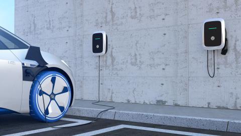 Volkswagen satsar stort på batterier, laddning och lagring.  Bild: Volkswagen group Sverige Ab