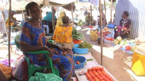 Mary Jaguru har förlorat hela sin affärsverksamhet till följd av pandemins restriktioner. Bild: Francis Okech