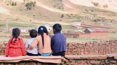 Flera olagligheter och oegentligheter har uppdagats i samband med adoptioner från Chile. De familjer som berövats sina barn kräver nu att få hjälp att hitta dem igen. Bild: Shutterstock