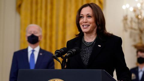 Debattören är övertygad om att Kamala Harris kommer att ta en mer aktiv roll i politiken för att ena USA:s invånare. Bild: Patrick Semansky/AP/TT