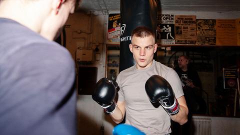 """""""Man lär sig mycket om respekt för andra och deras ansikten"""", säger Hampus  Parman, 18.    Bild: David Johansson"""