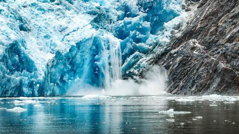 En höjning av havstemperaturen med 1,2 grader skulle leda till en oåterkallelig förlust av hela Pine Island-glaciären. Bild: Shutterstock