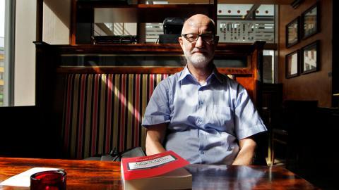 Sigurd Allern, professor emeritus i journalistik vid Oslo universitet är skeptisk till nya förslaget om presstöd.  Bild: Håkon Mosvold Larsen