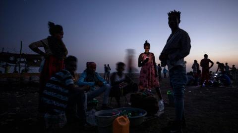 Medan den stora majoriteten av dödade är män och pojkar rapporterar FN om hundratals övergrepp mot kvinnor och att sexuellt våld använts som vapen i kriget. Bild: Nariman El-Mofty/AP/TT