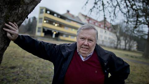Varför lät man entreprenören Bert Karlsson öppna sina asylboenden och gå med vinst på skattepengar i just Filipstad? frågar sig debattören. Bilden är tagen vid flyktinganläggningen Stora Ekeberg utanför Skara. Adam Ihse/TT