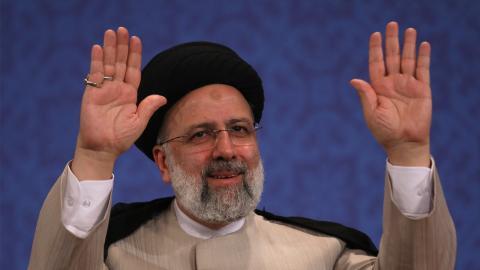 Irans nya president Ebrahim Raisi är inte utan sina kontroverser.  Bild: Vahid Salemi, AP