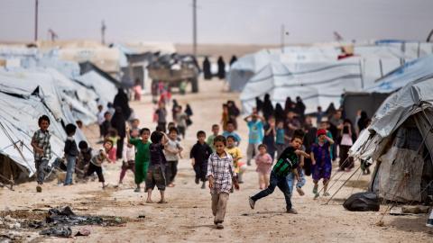Al-Hol-lägret i nordöstra Syrien. Ett 30-tal svenska barn beräknas finnas i de kurdisk- kontrollerade IS-lägren. Bild: Baderkhan Ahmad/AP/TT
