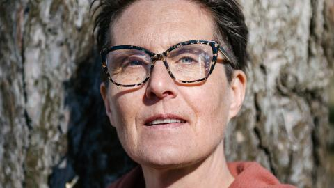 """""""Det är så himla fint att jobba med det jag gör! Jag läks själv av att jobba på hospice"""" konstaterar sjuksköterskan Petra Hellberg som arbetat tre år på Bräcke Diakonis hospice Helhetsvården i Göteborg. Bild: Anna-Carin Isaksson"""