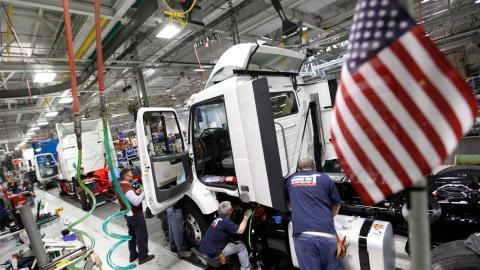 Fabriken i Virginia är Volvo trucks enda i USA. Bild: TT/AP